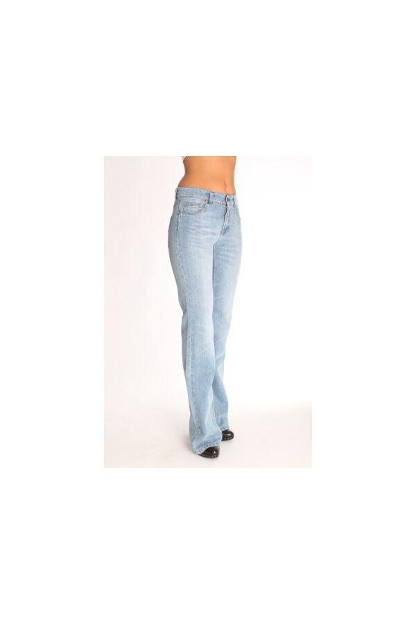 Filippa K Jeans met Flair pijp