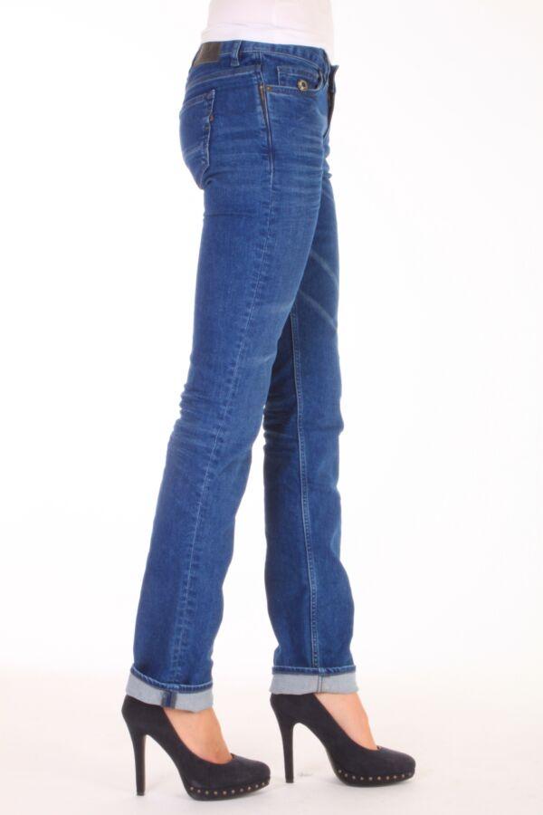 Kuyichi jeans model Joyce in de kleur indigo Sun.